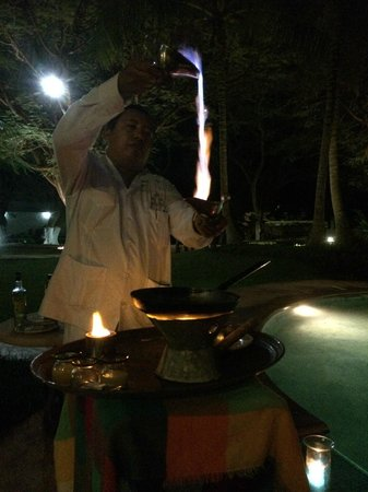 The Lodge at Uxmal: Flambe By Pedro