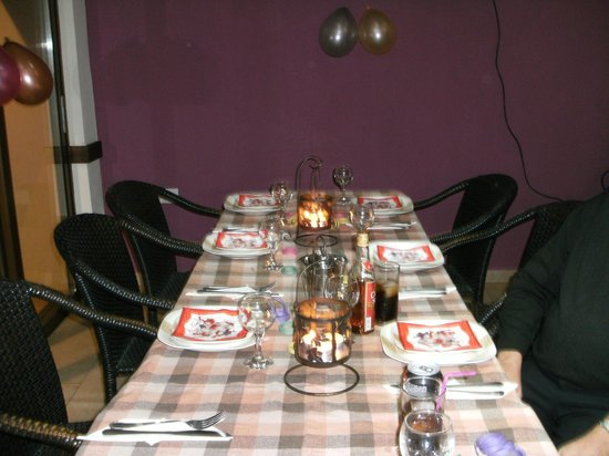 POGO  Snack Bar pervolia Larnaca: Table set for Thai meal, lovely