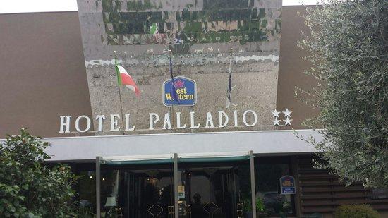 Bonotto Hotel Palladio: Ingresso