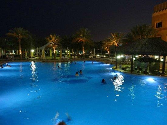 InterContinental Doha: Piscine
