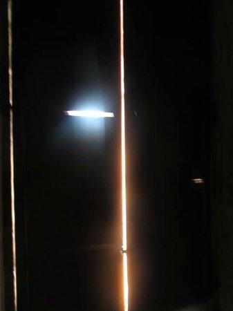 Hospederia San Martin Pinario: NO cierra las ventanas,
