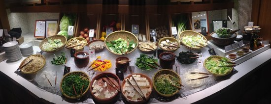 Nabezo Shinjuku 3 Chome: Shabu shabu vegetable table