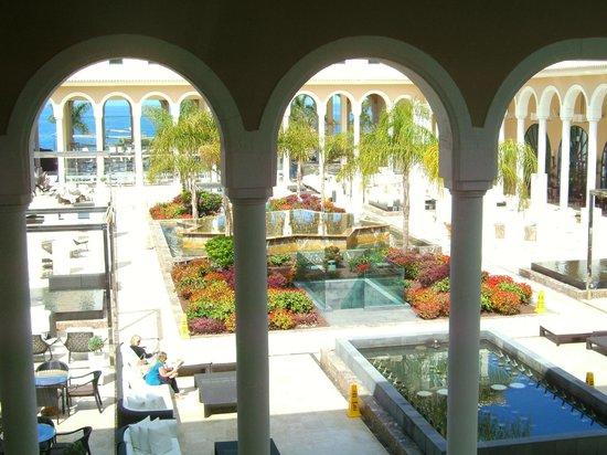 Gran Melia Palacio de Isora Resort & Spa: View of Plaza