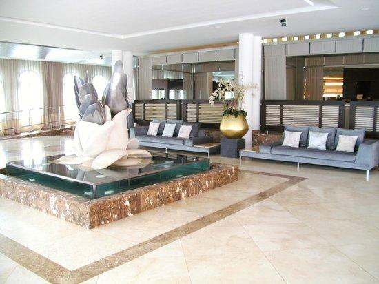 Gran Melia Palacio de Isora Resort & Spa: Hotel reception area