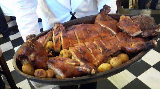 Insider's Madrid: The suckling pig.