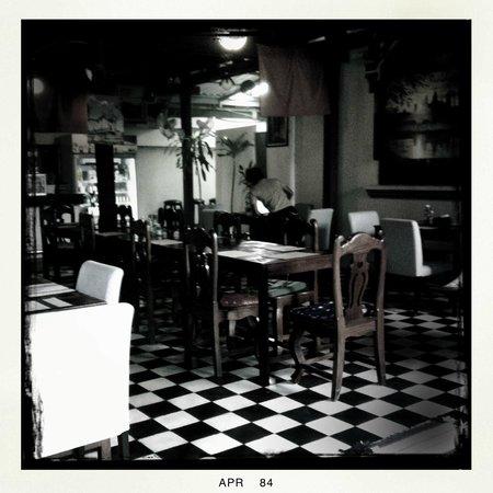 Tanei Boutique Villa : the dining area