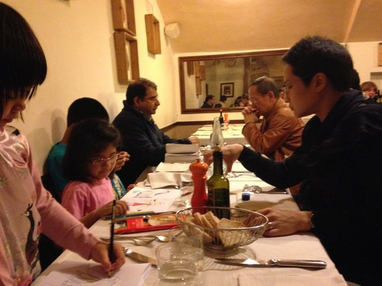 Buca dell'Orafo : The long table