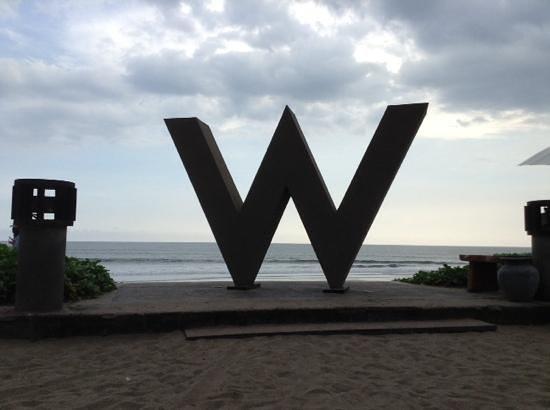 W Bali - Seminyak: W sign