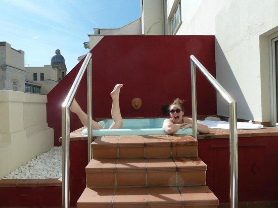 Catalonia Gran Via: Junior suite Hot tub!