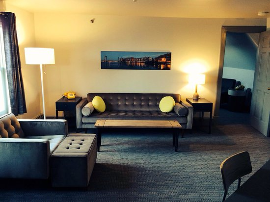 The Hotel Portsmouth: Penthouse Suite Living Area
