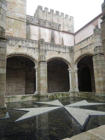 Pousada Mosteiro do Crato: Inner courtyard