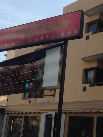 Brunel's Family Sports Bar Pto de Alcudia : getlstd_property_photo