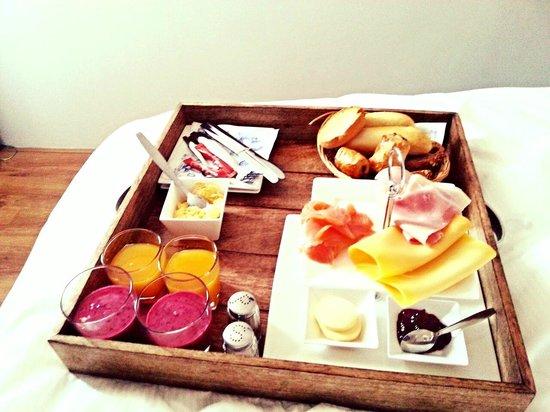 Bed & Breakfast Helmers : Frühstück im Bett :-)