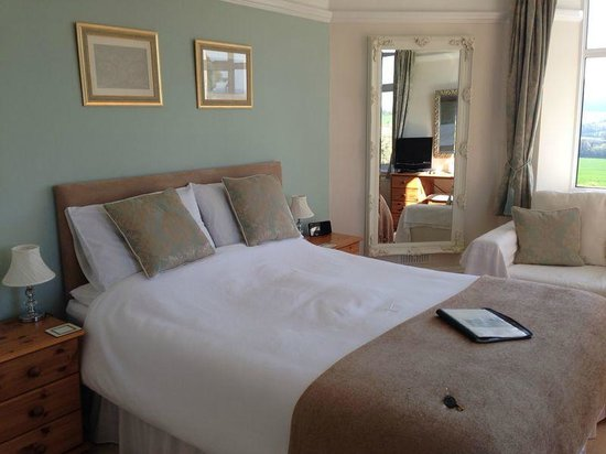 Cedar House: Room 2