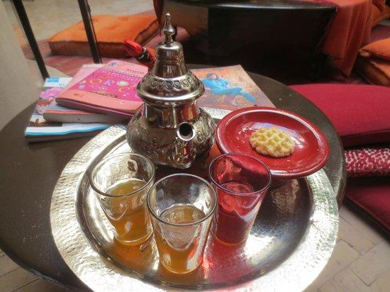 Riad Boussa: refreshing afternoon tea.