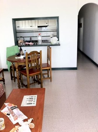 La Tegala Apartments: clean, spacious apartments