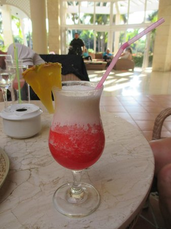 Melia Cayo Guillermo : A miami vice drink wow! Hummmm!