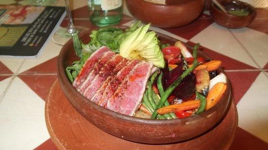 Apoala Mexican Cuisine: De La Casa Ensalada