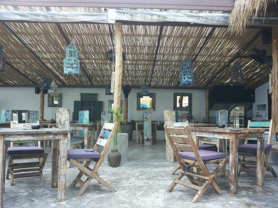 Eden Beach Bungalows : Restaurant