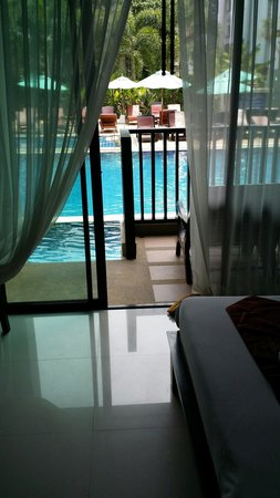 Ananta Burin Resort : Deluxe Pool Acess Room