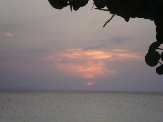 Hotel Playa Costa Verde: Another sunset in paradise