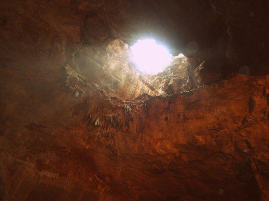 Borra Caves : Natural Light
