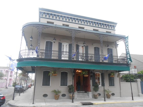 New Orleans Courtyard Hotel: Esterno