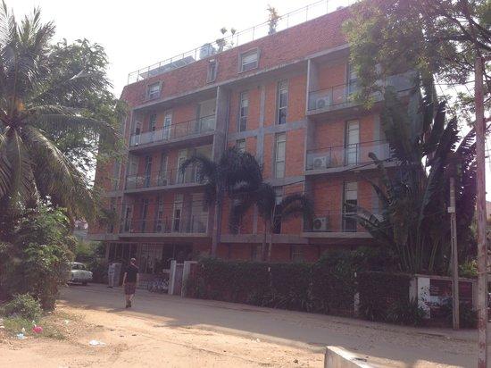 Karavansara Retreat & Residences: Apartment building