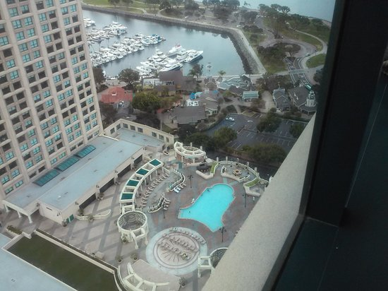 Manchester Grand Hyatt San Diego : the pool from our room