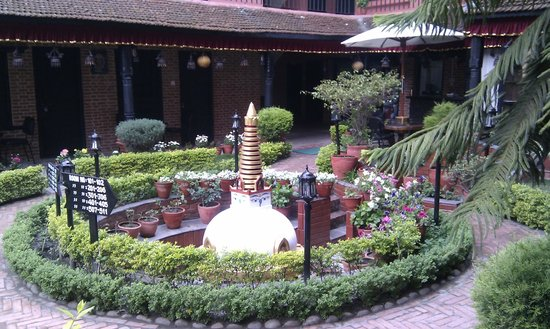 Thamel Eco Resort: Garden