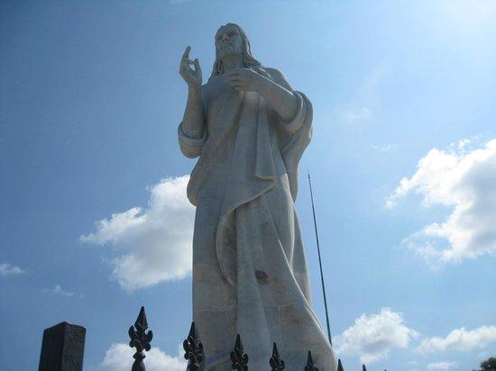 History Trip Havana Tour : Statue
