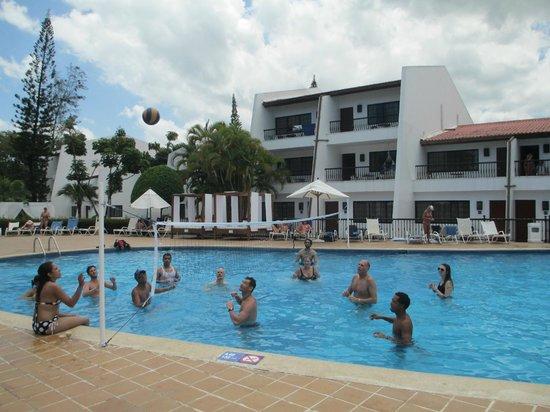 BlueBay Villas Doradas Adults Only: Pool Volleyball