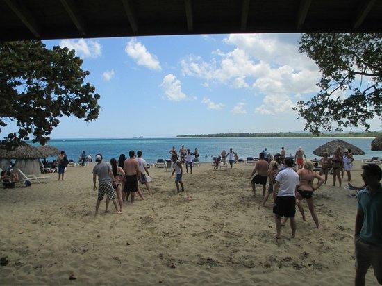 BlueBay Villas Doradas Adults Only: Olympics on the Beach