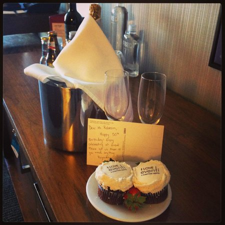 Hotel Eventi - a Kimpton Hotel: Birthday Treats