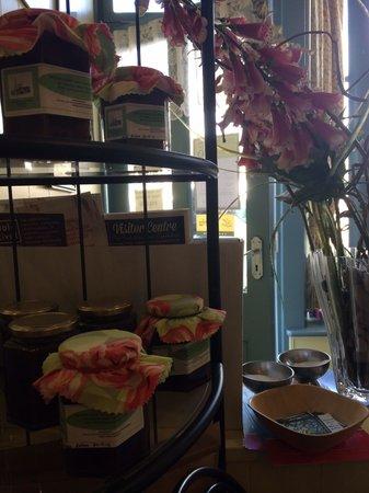 Cross View Tea Rooms and Restaurant: Table near the door