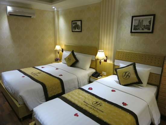 Hanoi Guest House : Our double room, clean and comfortable...