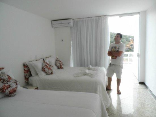 Hotel Pousada Experience Joao Fernandes: Habitacion 29. Frigobar, tv por cable.-