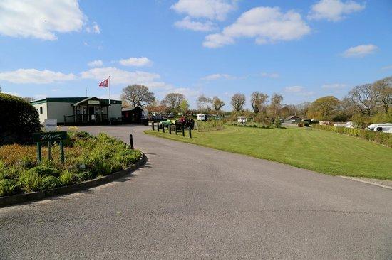 Monkton Wyld Caravan and Camping Park: Reception area