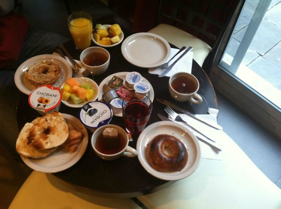Hotel Vetiver: Our breakfast