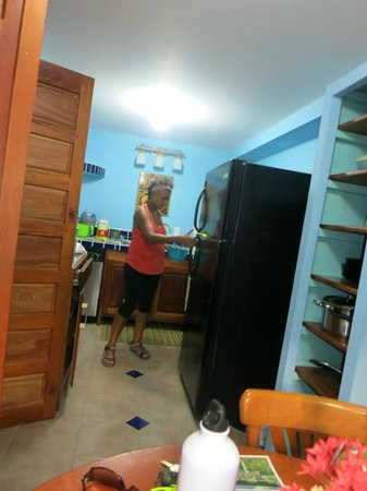 Casa Placencia Belize : Our kitchen with my friend and Chef, Renee, cooking fabulousness for Jacki's potluck!