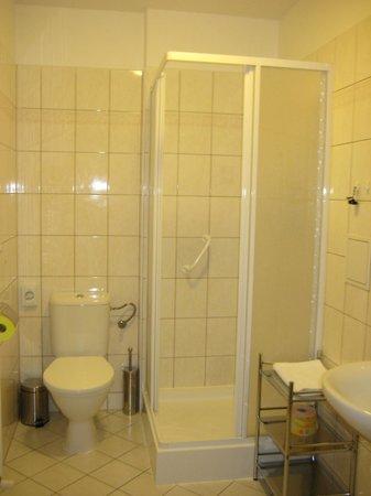 Aphrodite: ванная комната в номере