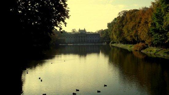 Łazienki-Park (Park der Bäder): tranquil location