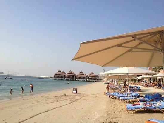 Anantara The Palm Dubai Resort: beach
