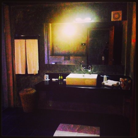 Wild Grass Nature Resort: Ace bathroom at Wild grass