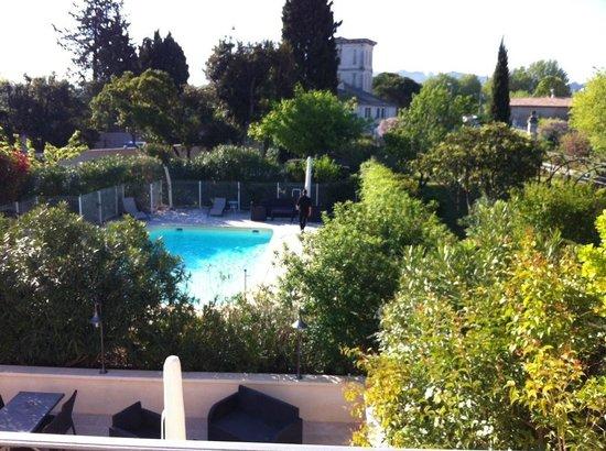 Hotel Le Mas Saint Joseph: Blick in die gepflegte Anlage
