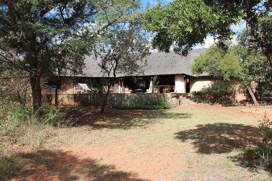 Monate Game Lodge: Unterkunft in der Monate Lodge