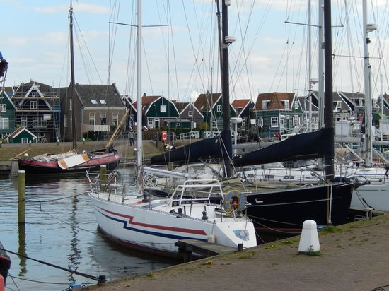 Holland Personal Tour Guide : Markem