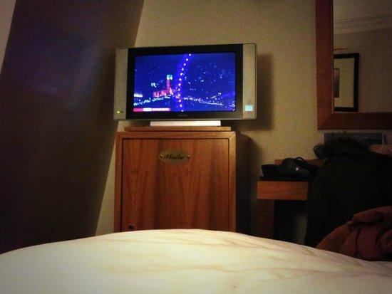 Hotel Waldorf Trocadero : TV
