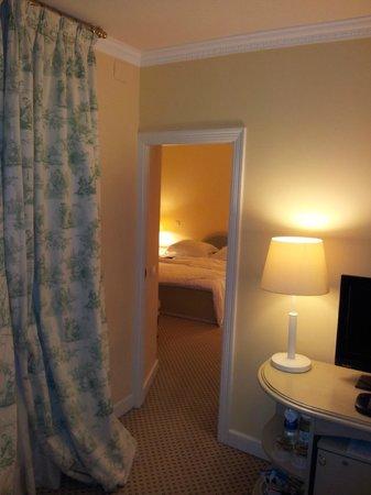 Narutis Hotel: room 531