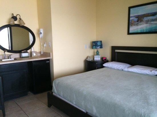 Paradise Inn : Room 216